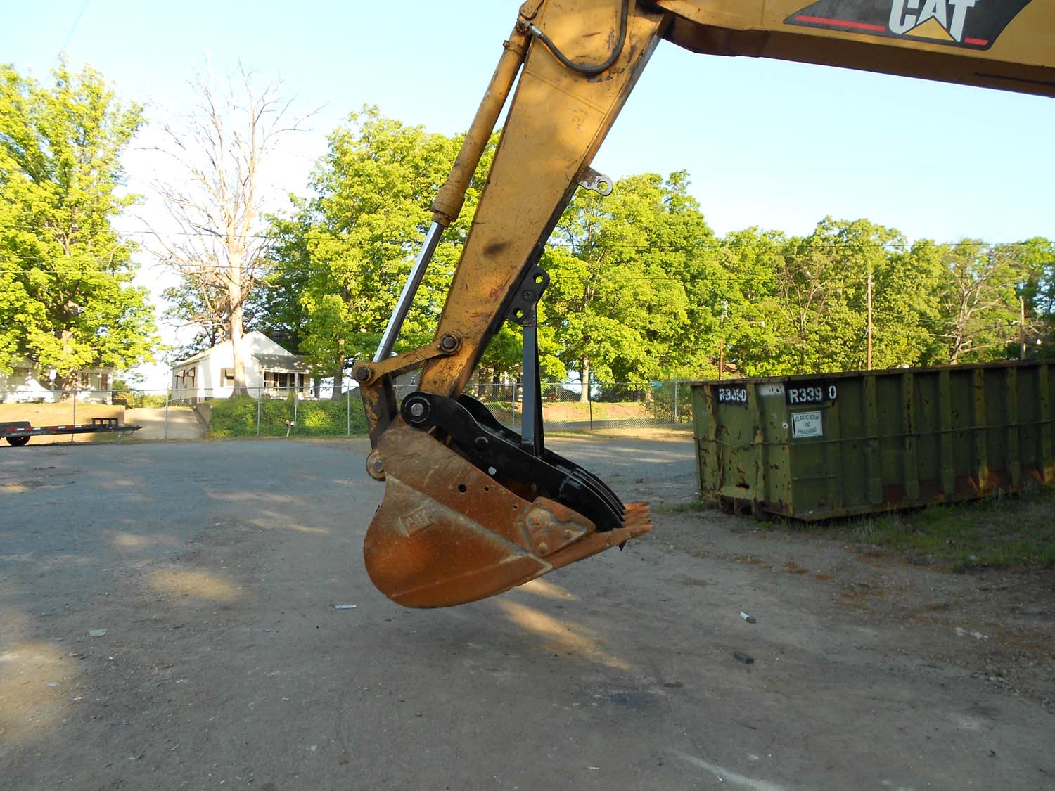Excavator thumbs Attachments