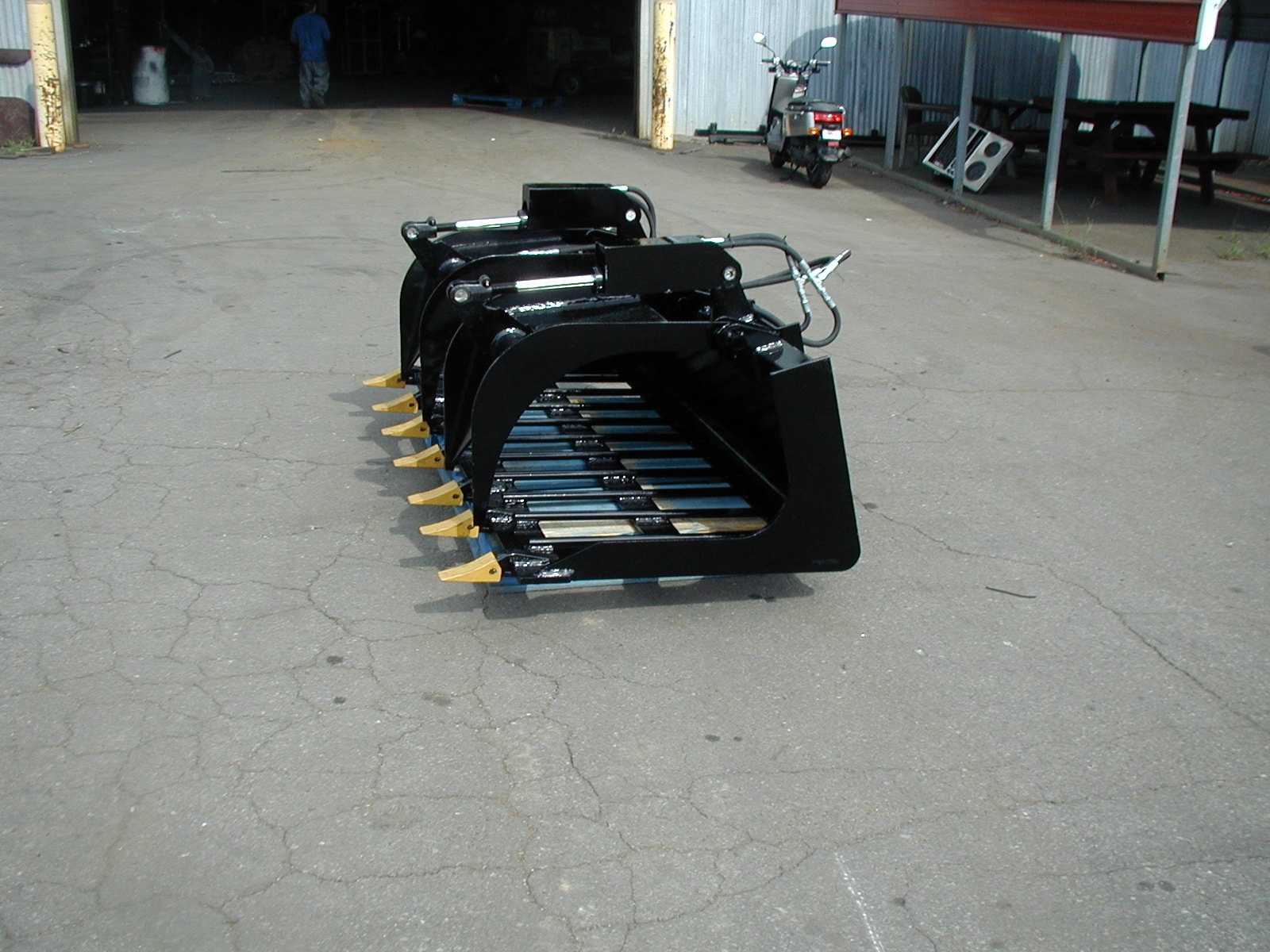 Na-Attachments Grapple Rake